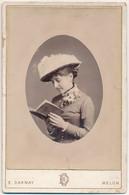 Cabinet : Portrait D'une Femme Au Chapeau Lisant Un Livre Par Darnay à Melun (Ca 1880/90) (BP) - Antiche (ante 1900)