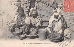 Négresses Faisant Le Couscous, Algérie N° 497, Collection Idéale P.S (¬‿¬) ♣ - Women