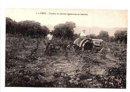 Fiéni - Tracteur Et Charrue Vigneronne En Fonction - Other Municipalities