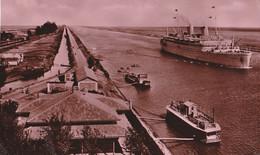 Canale Di Suez Egitto - Nave Ed Imbarcazioni - Suez