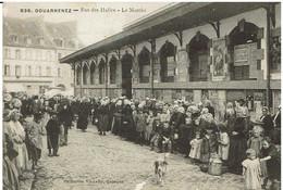 CPA -  29 - DOUARNENEZ - Rue Des Halles - Le Marché - - Douarnenez
