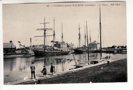 Courseulles Sur Mer - Le Port (voiliers à Quai) - Courseulles-sur-Mer