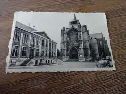 Diest St Sulpitiuskerk En Stadhuis - Diest