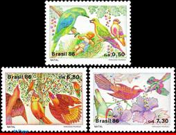 Ref. BR-2089-91 BRAZIL 1986 CHRISTMAS, BIRDS, TREE, FRUITS,, FLOWERS, SET MNH 3V Sc# 2089-2091 - Songbirds & Tree Dwellers