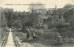 95 VALMONDOIS - LA NAZAE - Chaumières Prise Du Chemin De Fer - Valmondois