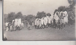 SOMALIA ITALIANA COLONIE BENADIR FOTOGRAFIA  ORIGINALE INDIGENI DI UAN LE MEIN   CM 14 X 8 - War, Military