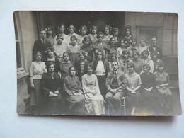 CARTE PHOTO - SCENE ANIMEE : FAMILLE HOCHARD - AMIENS 1921 - Other