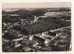 MONTBAZON Le Chateau Et Le Groupe Scolaire - Montbazon