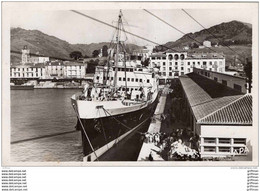 PORT VENDRES PAQUEBOT PRESIDENT DE CAZALET A QUAI ET TRAIN PAQUEBOT A QUAI 1947 CPSM 9X14 TBE - Port Vendres