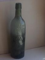 BOUTEILLE DE BIERE Ancienne LA CHAMPENOISE + Facture - Pas De Bouchon Porcelaine - Beer