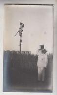 SOMALIA ITALIANA COLONIE BENADIR FOTOGRAFIA ORIGINALE 1913/1915 SCIMIA CHE SALUTA IL COLONELLO ALFIERI  CM 14 X 8 - War, Military