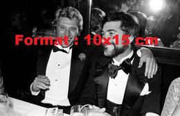 Reproduction D'une Photographie Ancienne De Johnny Hallyday Avec Jean-Claude Brialy - Riproduzioni