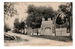 Aramon Entrée Du Chateau - Aramon