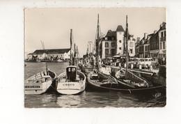 LE CROISIC - Bateaux De Pêche Dans Le Port  (carte Photo Animée) - Le Croisic