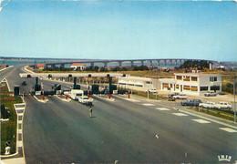 CPM - ILE D'OLÉRON - VIADUC DE LIAISON - PÉAGE - 404 - CARAVANE - Ile D'Oléron