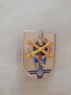 TE25930   INSIGNE MILITAIRE DE LA 14°BASE DE SOUTIEN DU MATERIEL DE L ARMEE DE TERRE  FAB LR  PARIS  4591 - Army