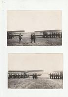2 PHOTOS - SAINT CYR L'ECOLE - REMISE DE DECORATIONS SUR TERRAIN D'AVIATION 1927 (AVIONS EN ARRIERE PLAN) - 78 - Guerra, Militares