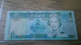 Fiji 2 Dollar 2002 P 104 100% Unc - Fiji