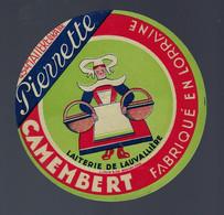 étiquette Fromage Camembert Pierrette 45%mg Fabriqué En Lorraine Laiterie De Lauvalliere 57 - Fromage