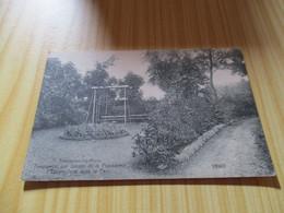 CPA Frameries-lez-Mons (Belgique).Pensionnat Des Soeurs De La Providence - L'escarpolette Dans Le Parc. - Frameries