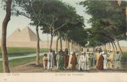 CPA Afrique > Egypte > Le Caire Retour Des Pyramides - Cairo