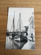 CP Tunisie La Goulette : Sur Le Vieux Canal Voiliers Bateaux Pêcheurs - Tunisia