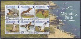 ALDERNEY  Block 12, Postfrisch **, Zugvögel (I): Greifvögel, 2002 - Alderney