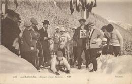 """/ CPA FRANCE 74 """"Chamonix, Départ D'une Course"""" / LUGE - Chamonix-Mont-Blanc"""