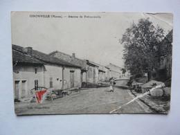 CPA 55 MEUSE - GIRONVILLE : Avenue De Frémeréville - Scène Animée - Other Municipalities