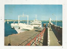Cp, Bateau , Le BAC Servant à Relier Royan à La Pointe De GRAVE,  Automobile Citroen DS , 17 , ROYAN ,  Voyagée 1973 - Fähren