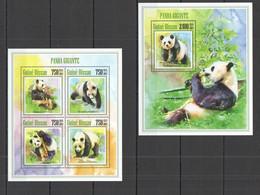 ST1246 2013 GUINE GUINEA-BISSAU FAUNA WILD ANIMALS BEARS PANDAS PANDA GIGANTE KB+BL MNH - Osos