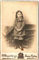 FAMILLE CORSE . LECA  TONI  .FILS DU CONSUL DE FRANCE A LA CANEE . CRETE .DIAMANDOPOULOS PHOTO - Persone Identificate