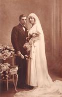 Noces - Jeunes Mariés - Mode, Robe - Carte-Photo American Photo, Denain N'895 - Marriages