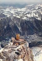 74 - Chamonix Mont Blanc - Sommet Nord De L'Aiguille Du Midi - Vue Plongeante Sur Chamonix Et Les Aiguilles Rouges - Chamonix-Mont-Blanc
