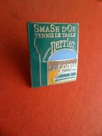 Pins Pin's - émail : EGF - SmaCh D' Or Tennis De Table - Sponsort Boisson Perrier - - Tennis Tavolo