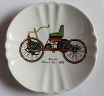 Vide Poche Cendrier Porcelaine De GIEN France Voiture Ford First Car 1896 Automobile - Ashtrays