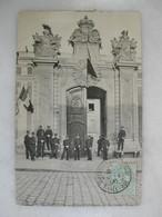 MILITARIA - VERSAILLES - Ecole D'artillerie Et Du Génie (très Animée) - Caserme