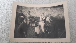 Foto Gruppenfoto Soldaten Tarn Uniform Weiß 2 WK Militär Wehrmacht Soldat - 1939-45
