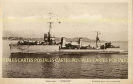 Le Torpilleur Intrépide De La Marine Militaire Française Entrant Au Port Photo Marius Bar à Toulon - Guerra