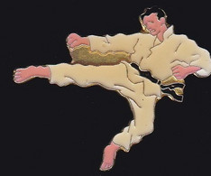 70389-Pin's.karaté.arts Martiaux. - Judo