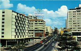 CPM AK Caracas Vista Parcial De La Avenida Urdaneta VENEZUELA (648610) - Venezuela