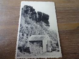 Erezée Roches à Fresnes - Erezée