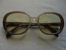Vintage - Paire De Lunettes De Soleil Essel Boutique Pour Femme - Occhiali Da Sole