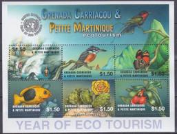 2002 Grenada Grenadines 3775-78KL Birds / Tourism 9,00 € - Sperlingsvögel & Singvögel
