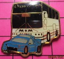 313B Pin's Pins / Beau Et Rare / THEME : TRANSPORTS / BUS CAR ET VOITURE BLEUE PORSCHE ? Par RCM - Trasporti