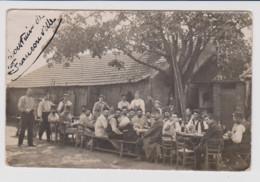 - 95 – FRANCONVILLE – 11 Sept 1914 - Carte Photo Militaire 1914/18 D'un Groupe De Soldats Au Repas. Ecrite Au Verso. - Franconville