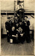 RPPC THE CREW H.M.S. HAREBELL  Photo Postcards Military Navy  Cartes Postales Photo Marine Militaire - Otros