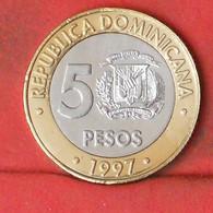 DOMINICANA 5 PESOS 1997 -    KM# 88 - (Nº41804) - Dominicana