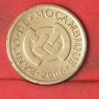 MOZAMBIQUE 50 CENTAVOS 2006 -    KM# 136 - (Nº41850) - Mozambique