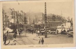 D76 - DIEPPE - LA GARE MARITIME - Personnes Et Enfants - Charrettes - Chevaux - Tramways - Bateaux - Carte Sépia - Dieppe